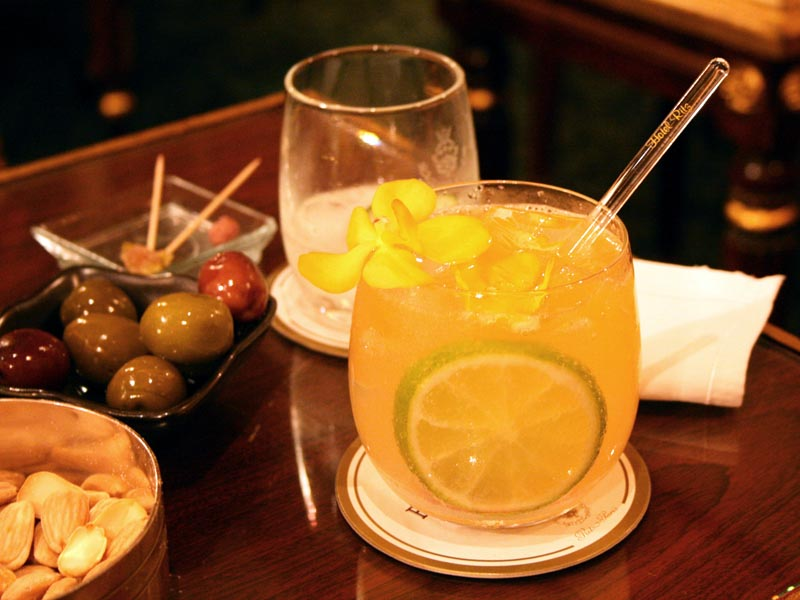Harry s new york bar cocktailia for Cocktail hemingway
